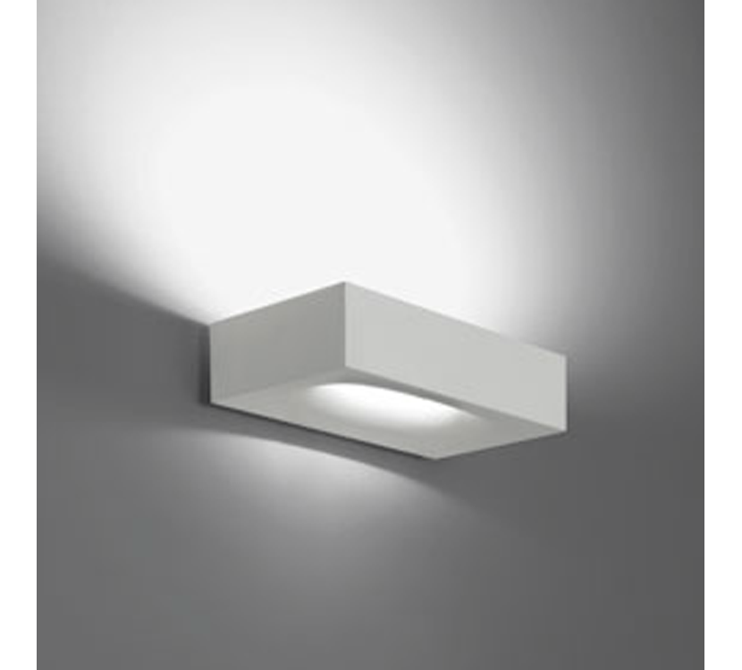 Casa moderna roma italy luci parete - Ikea lampade da parete ...